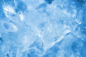 冷却期間をイメージする氷